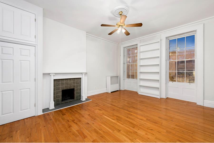 Brownstone 1 Bedroom in Cobble Hill