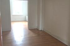 121-2-Pl-3-livingroom-4
