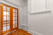 233-5thAve-2L_010
